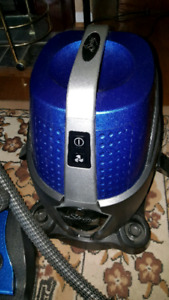 Sirena Canister Bagless Vacuum with Water Filtration