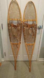 Vintage snow shoes for men