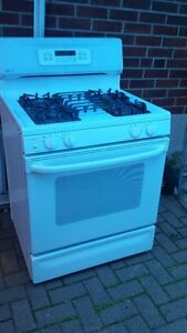 Gas Stove For sale 647 217 9066
