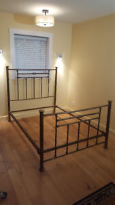Double bed frame, brass, good condition