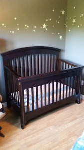 Convertible Crib - Mattress Included