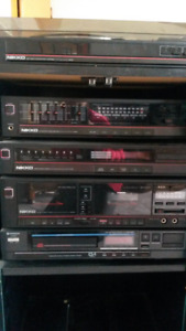tower style stereo set