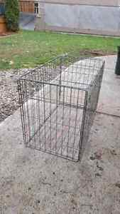 Large dog cage NO BOTTOM