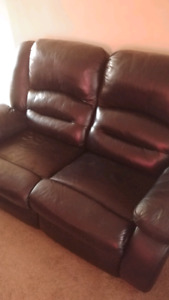 Leather  recliners ..43 in smart tv samsung ..