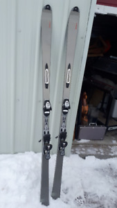 Skiis, boots and poles