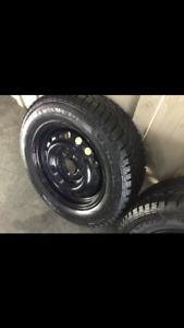 pneu dhiver a vendre!!