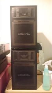 Vintage Hitachi HS-MD28 2 Way speakers