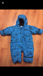 12 month Columbia snowsuit