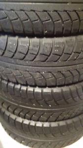4 Michelin-X Ice Stiddless MS.195/65/15. 6-32Lb-