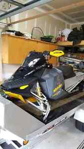 Ski-Doo MXZ 800 renegade rev-XP