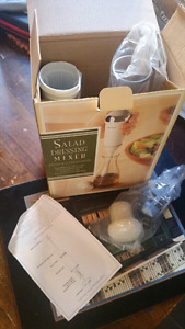 Never used! Salad dressing mixer