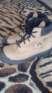 AGGRESSOR WORK BOOTS SIZE 12