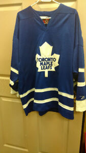 PRO PLAYER Toronto Maple Leafs Official Licensed NHL Jersey-XXL