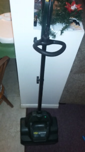 Yardworks 8A Electric Snow Shovel