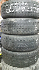 A vendre 4 pneus d'hiver 205 65 15 yokohama k2
