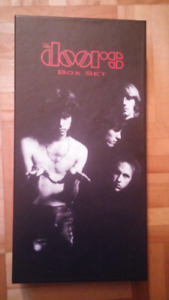 Coffret de collection The Doors MINT