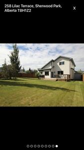 Beautiful 5 BR Home in Sherwood Park