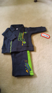 Boys navy 2 piece outfit. New.