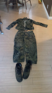 Camo clothes and boots