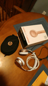 Beats solo 3 wireless special edition Rose gold
