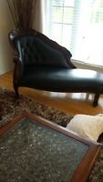 BEAUTIFUL CHAIS LONGUE AND FOOT STOOL
