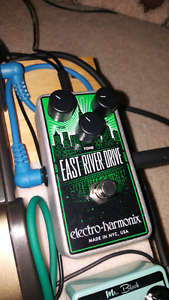 East River Drive Pedal
