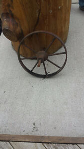 wheelbarrow wheel-vintage