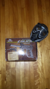 Paintball marker and extras