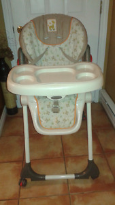 For sale HIGH CHAIR in BATHURST, Very Good Condition $50