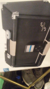 Guitar amp and mp3 player