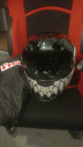 Casque moto Icon Large