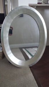 "Stylish Oval Mirror – 23.5"" x 31.5"""