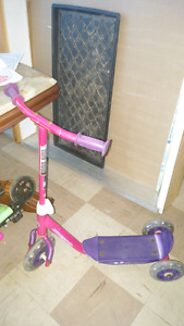 Girls 3 Wheel Scooter