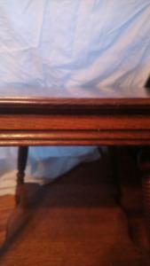 Beautiful, vintage, quarter-sawn, oak table