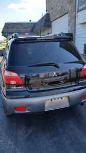 For sale mitsubishi out lander 2006 come with safety and e test Cambridge Kitchener Area image 2