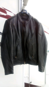 Fox Creek Like new Leather Motorcycle Jacket