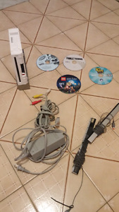 Unlocked Wii with USB and Cds Games