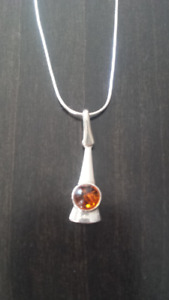 Amber Necklace & Earrings