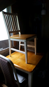 Small wood kitchen table 4 chairs.