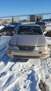 1998 Toyota Avalon only 134622km one owner