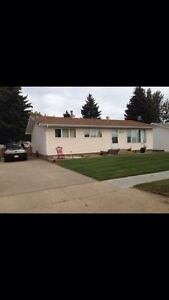 4 bed 2 bath House for sale with garage and RV parking
