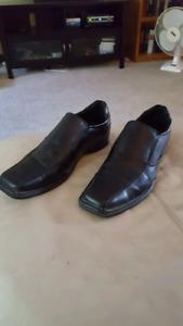 Dexter dress shoes