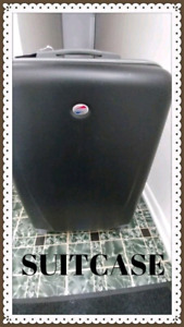 AMERICAN TOURISTER LUGGAGE.