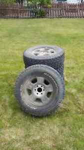 285/70R17 BFGoodrich All-Terrain tires on stock Chev 6 bolt rims