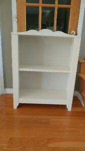 White book shelf from ikea