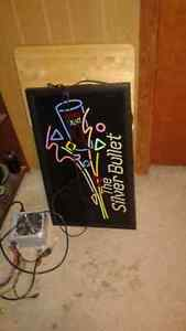 COLLECTION OF LIGHT UP BEER SIGNS LABATT COORS LIGHT Cornwall Ontario image 7