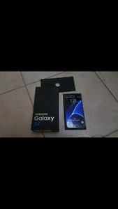 Samsung galaxy S7 32 gig  in mint condition