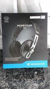 SENNHEISER HEADPHONES MOMENTUM 2 AROUND THE EAR -NEW IN BOX