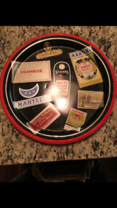 VINTAGE METAL ADVERTISING SERVING TRAY $30