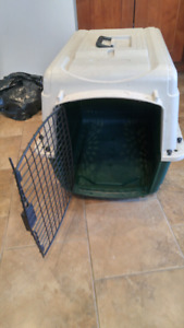 Animal crate/carrier
